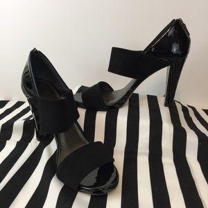 Talbots Black Suede/Patent Zip Back Heels Sz 8.5B